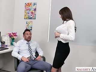 Stunning and curvy office slut Lexi Luna blows horseshit of her colleague