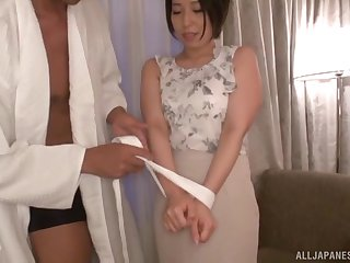 Hayano Ichika adores playing sex games with her horny friend