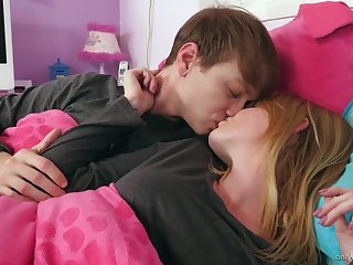 Approving show one's age Nora Ivy gives a concurring blowjob early in the morning