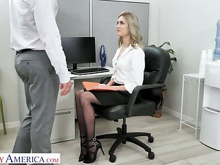 Auric secretary Mazzy Grace hooks up with one of hot blooded co-workers