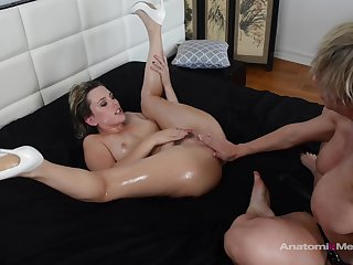 Slut wants to be fucked hard by this mature lady
