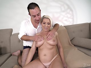 All lubed big busty blonde mature whore Bibi Pink gets her old cunt stretched