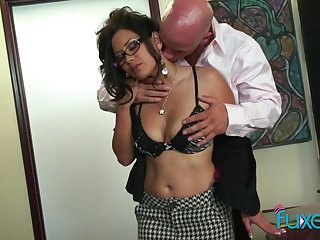 Juggy Asian secretary Lexi Course of study gets intimate with her bald headed chief