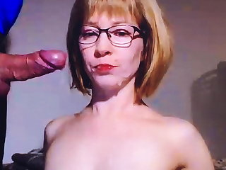 Cumshot stepmom in mouth
