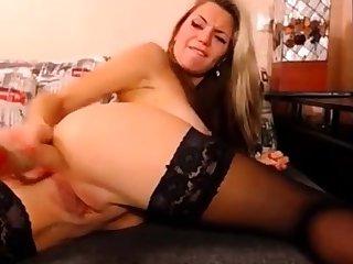 Sandy anal masturbation on webcam seduc