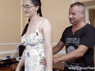 Bodily delight for the busty stepdaughter with insane skils