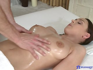 Handsome dude slides his large dick nearly wet pussy of Christine Heidy