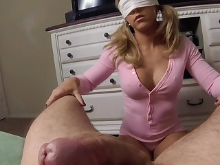 Young unprofessional begs to be fucked harder and takes cumshot