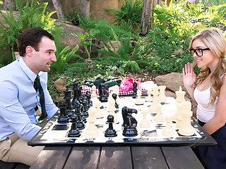 Strip chess prizefight